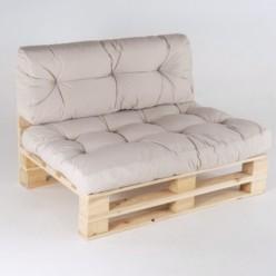 Sofá de palets con cojines asiento y respaldo beige