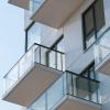 Cómo decorar tu pequeño balcón sin morir en el intento